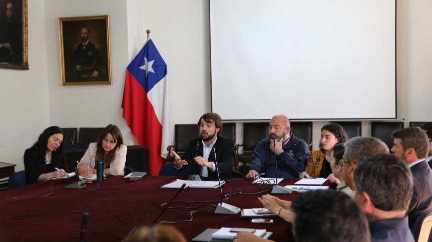 Municipio porteño revela cifra oficial de comercio informal enValparaíso