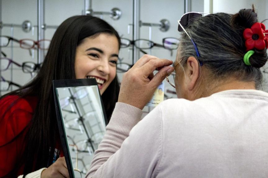 Farmacia y Óptica Popular ahorran más de mil millones de pesos al bolsillo de losporteños