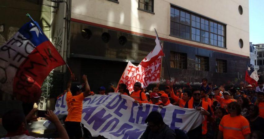 Trabajadores portuarios amenazan con retomar paro si Ultraport no cumpleacuerdos