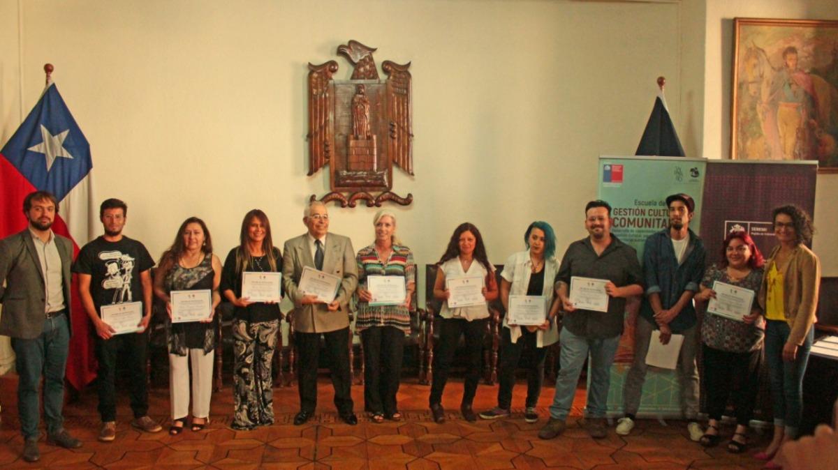 Con ceremonia de certificación concluyó la primera Escuela Comunitaria de Gestión Cultural en Valparaíso