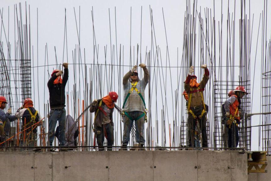 """[OPINION] El """"purismo"""" del Frente Amplio y la necesidad de derribar el neoliberalismo en Chile (por GatoDequinta)"""