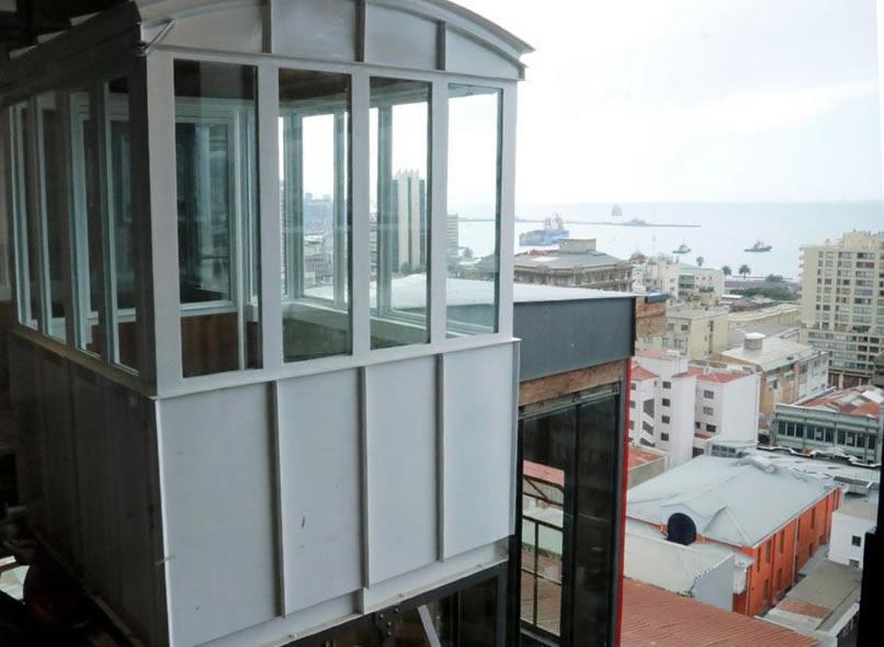 Ascensores porteños: transporte público indispensable enValparaíso