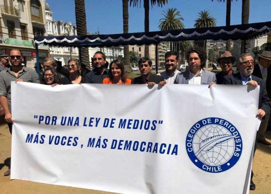 Con llamado a impulsar Ley de Medios se conmemoró Día de la Prensa enValparaíso