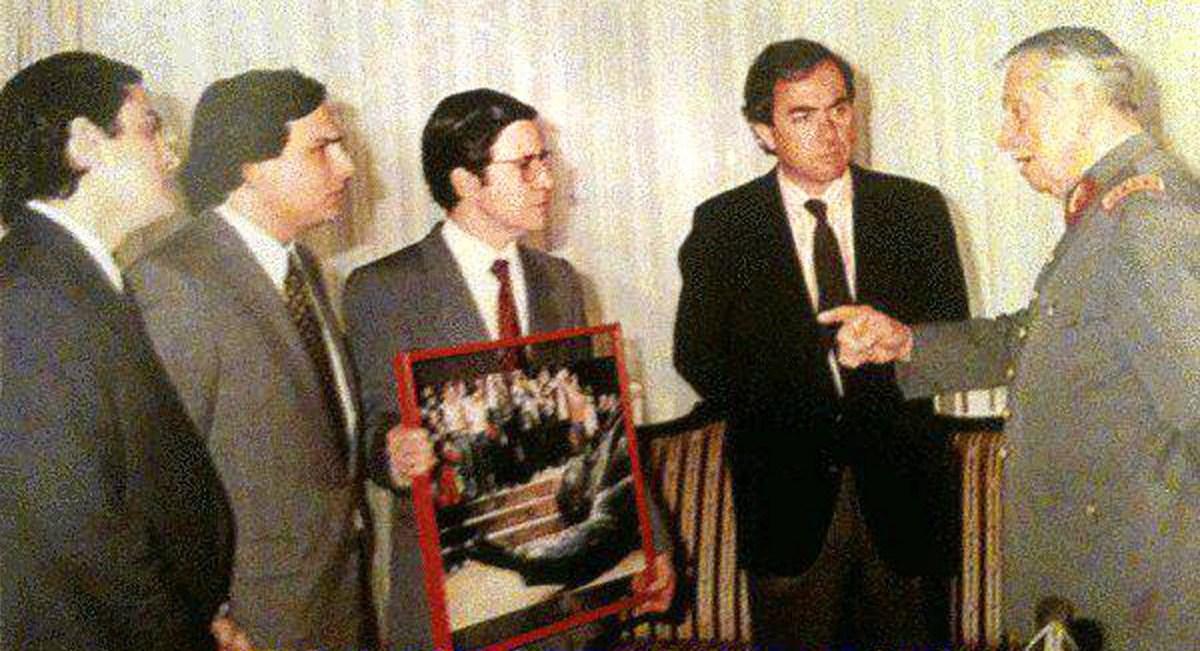 [EDITORIAL] La derecha chilena y su ADN golpista