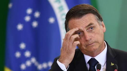 [OPINION] Bolsonaro se desploma: en tres meses surge fulminante desencanto con populismo de ultraderecha en Brasil (por GatoDequinta)