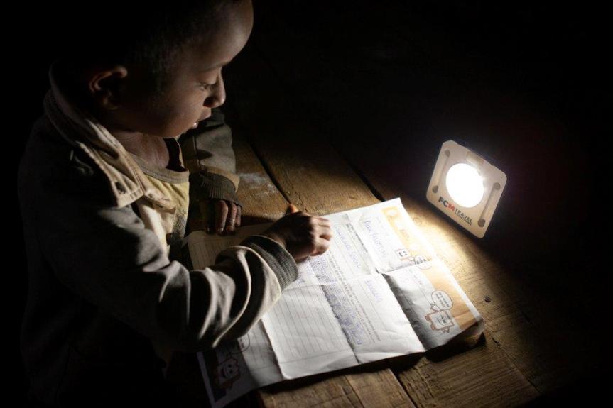 Alumnos de Valparaíso participarán en evento internacional contra la pobrezaenergética