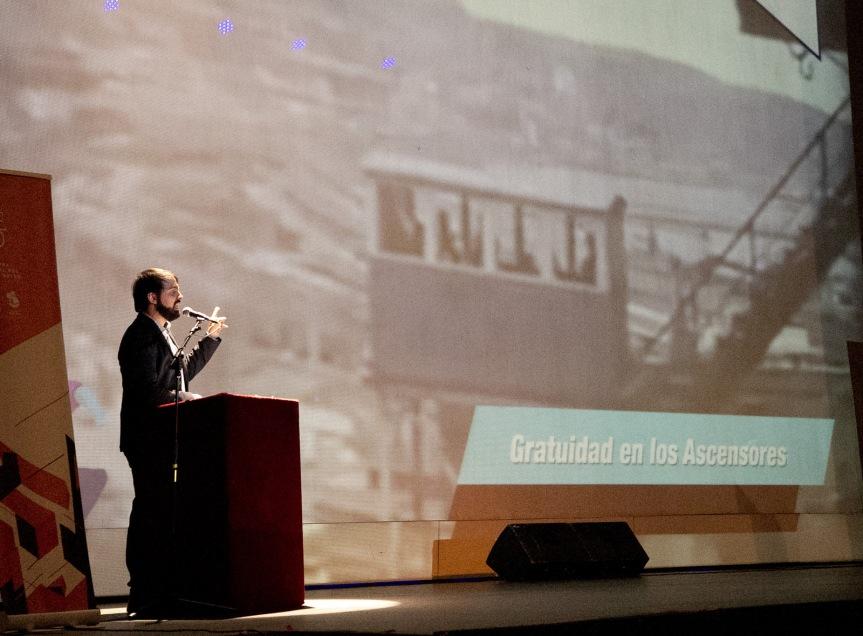 Alcaldía Ciudadana asegurará gratuidad para el transporte de adultos mayores en ascensores enValparaíso