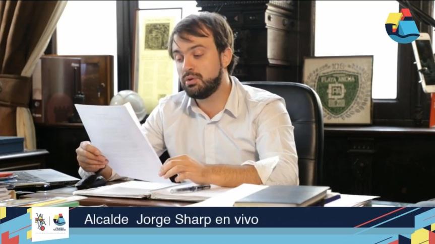 Alcalde Jorge Sharp entrega informe de inversiones y obras enValparaíso