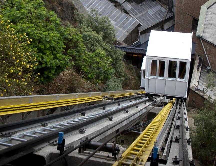 Turistas extranjeros pagarán $700 en ascensores deValparaíso
