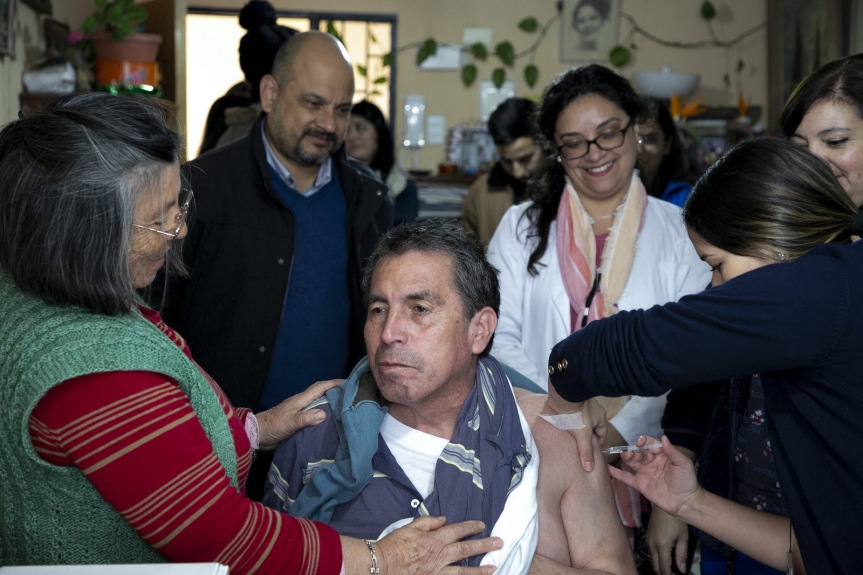 Municipalidad de Valparaíso lanza por tercer año consecutivo vacunatoriomóvil