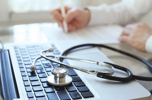 ONG denuncia ante Contraloría a empresa que postula a plataforma de Hospital Digital en Viña del Mar yQuillota