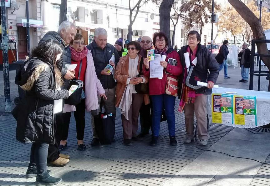 Adultos mayores de Valparaíso demandan gratuidad de pasajes en locomociónpública