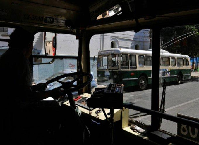 Alcalde Sharp y gerente de Trolebuses de Valparaíso piden al Gobierno cumplir con acuerdo definanciamiento