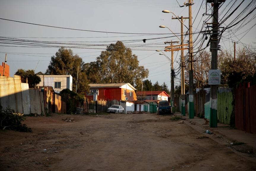 Municipalidad de Valparaíso ejecutará obras de mitigación en accesos y vialidades en diversos campamentos de lacomuna