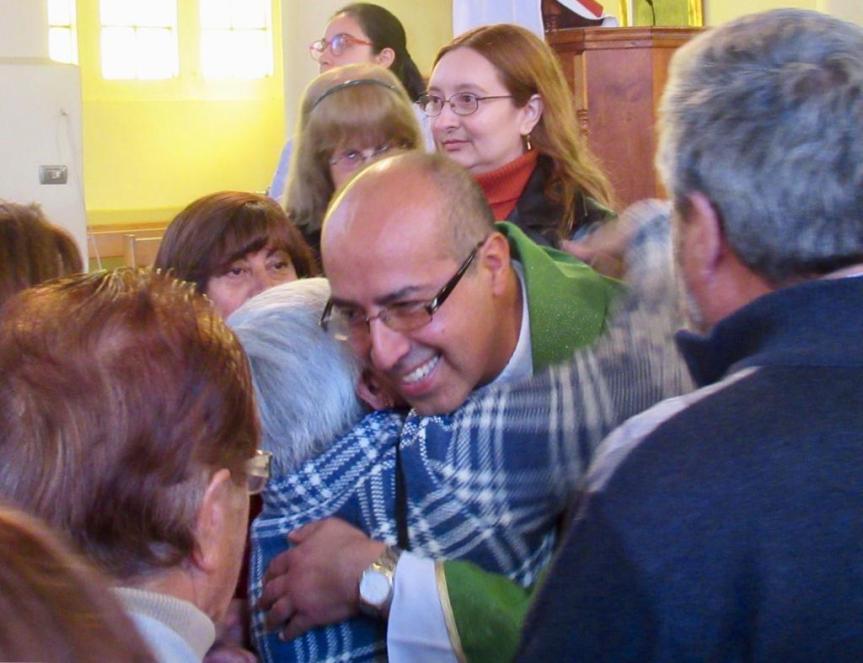 [OPINION] Renacer de las cenizas: la Iglesia Católica tiene nuevo párroco en Casablanca (por GatoDequinta)