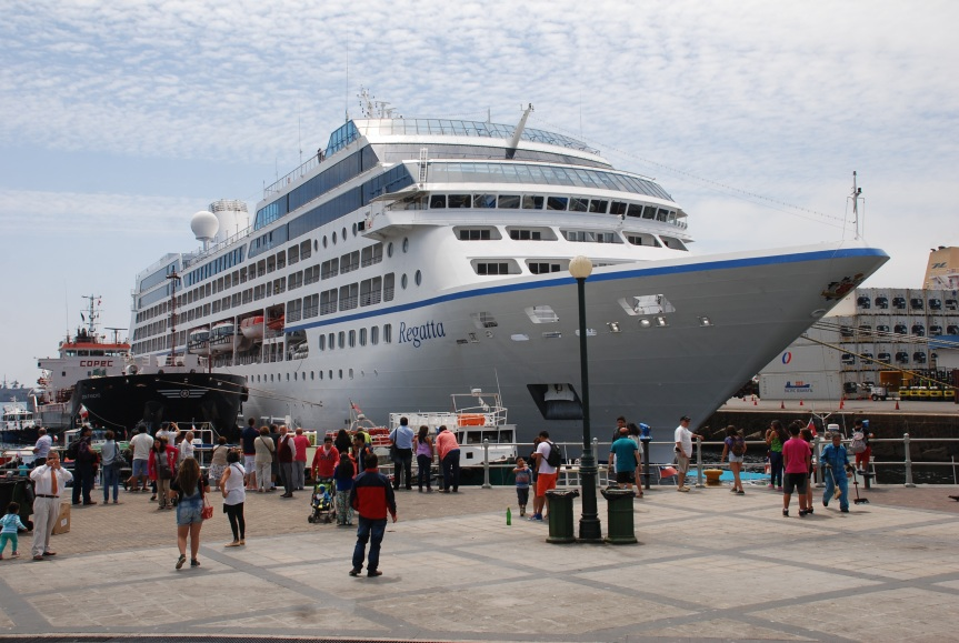 [OPINION] Para evitar pérdida de industria de cruceros: prioridad a recalada de cruceros (por JorgeBustos)