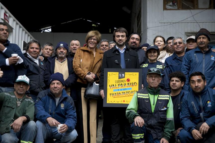 Alcaldía Ciudadana llama a cuidar a trabajadores de aseo de cara a celebración de FiestasPatrias