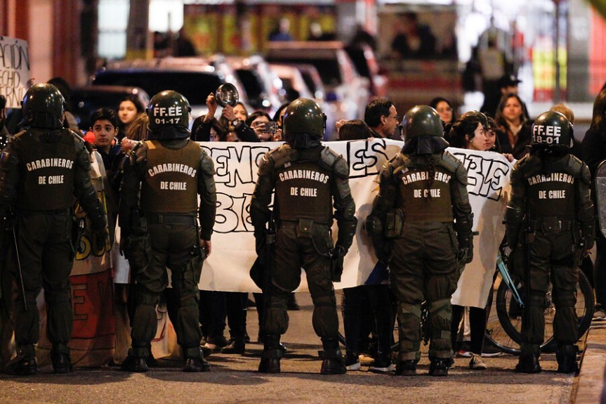 [OPINION] La revuelta desbordada y la paz mediática (por Fernando FranulicDepix)