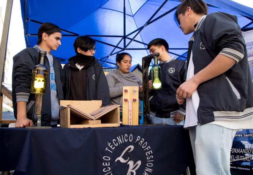 Establecimientos educacionales de Valparaíso reafirman su compromiso con el medioambiente