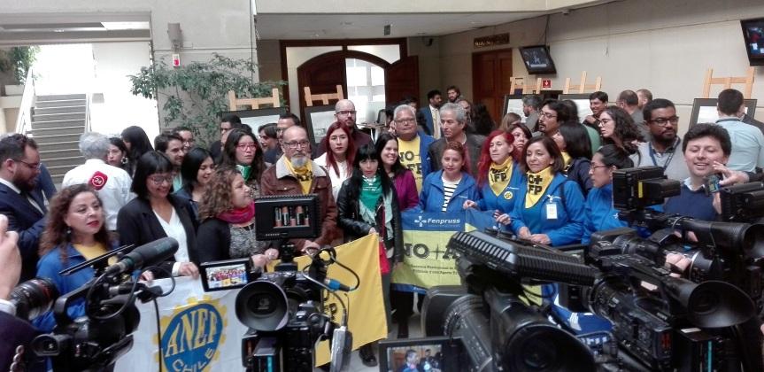 """Coordinadora junto a """"Bancada NO más AFP"""" convocan a marcha nacional este domingo6"""
