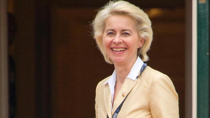 [OPINION] De anhelos, apuros y afanes. La nueva Presidenta de la Comisión Europea (por Arturo MorenoFuica)