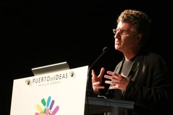 2011. Alfredo Jaar - 039